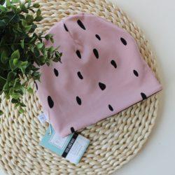 Czapka różowa dziewczęca w czarne łatki